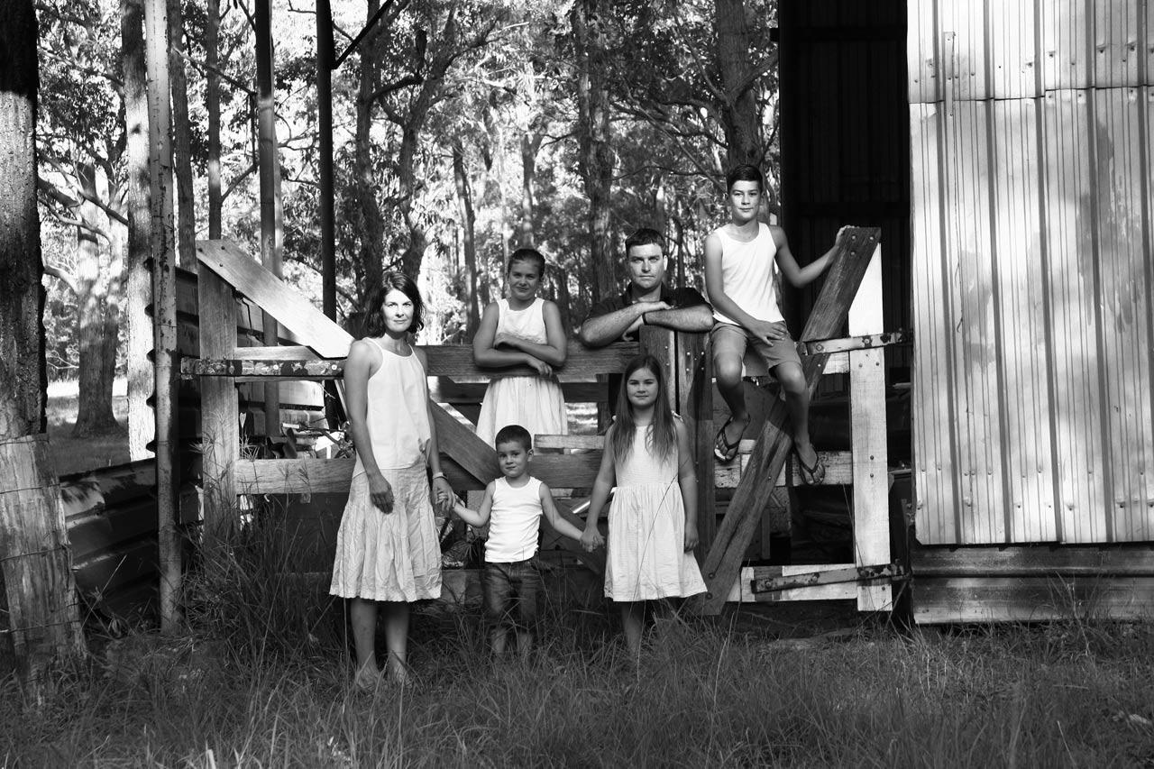 Newcastle lifestyle photographer Natasha Hirschausen & family